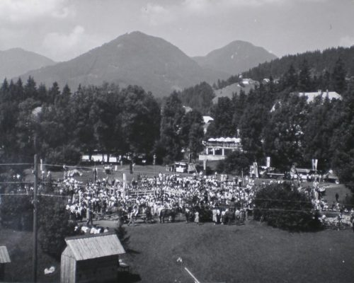 Ovcarski-bal_01_003-1958-1200×864