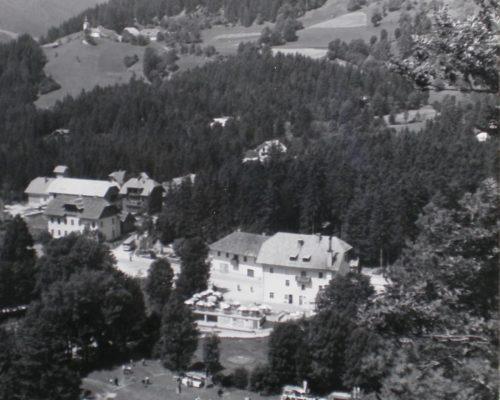 Ovcarski-bal_01_004-1958-1200×1654