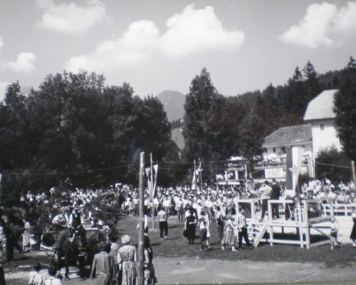 Ovcarski-bal_01_009-1958-1200×860